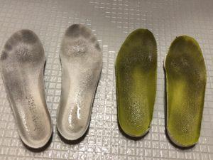 汚れた靴の中敷き