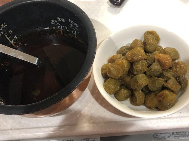 炊飯器で梅シロップ