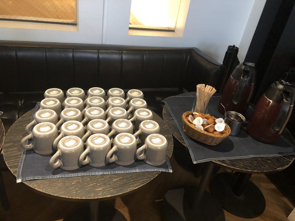 ブラウンカフェ